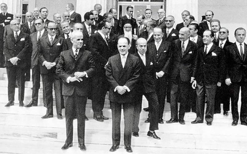 8 Οκτωβρίου 1973: ορκίζεται η κυβέρνηση Μαρκεζίνη