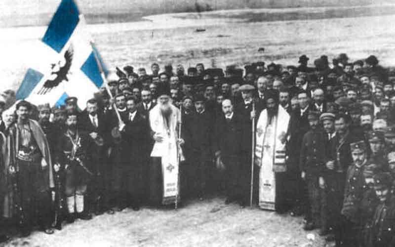 17 Φεβρουαρίου 1914: Η ανακήρυξη της Αυτονομίας της Βορείου Ηπείρου στο Αργυρόκαστρο λεπτό προς λεπτό